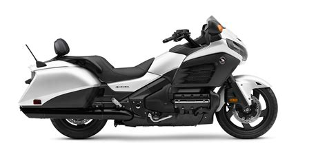 Honda F6b Review by 2017 Honda Gold Wing F6b Deluxe Review