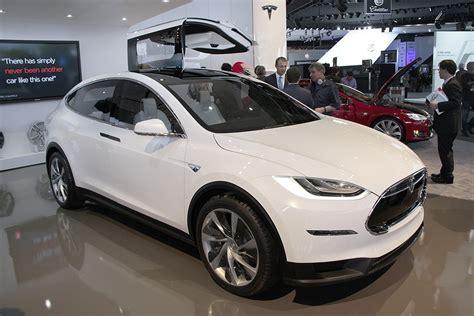 Tesla New Model 2016 2016 Tesla Model X Ready To Hit Us Dealerships Automotorblog