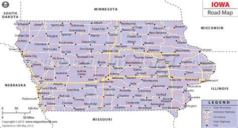 map of usa showing iowa state iowa road map