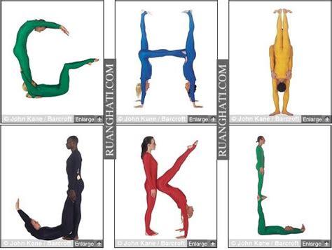 1 Set Isi 26 Huruf Alphabet A Z Resin Charm Bahan Craft resty s huruf alfabet dari tubuh manusia