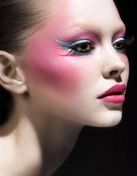 Makeup Looks by 10 Lovely Pink Blush Makeup Looks For Pretty Designs