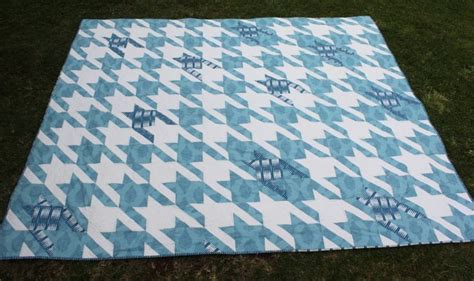 Tula Pink Houndstooth Quilt Pattern by Pin By Garcia Mares On Quilt Patterns