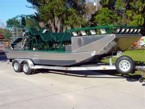 bowfishing fishing boat ams bowfishing boats aluminum boats pinterest