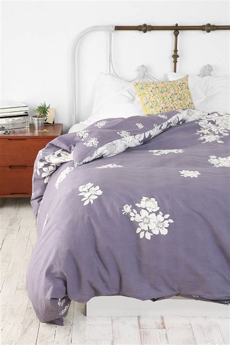 urban bedding falling floral duvet cover urban outfitters