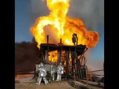 accident drilling rig: oil well blowout youtube