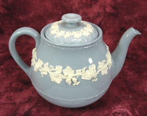 Vintage Antique Blue White Ornate Teapot High Tea Edwardian Floral Porcelain Eur 38 62 798 Best Wedgewood Images On Jasper Tea Time And Dips