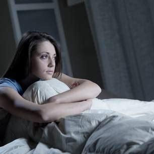 tipps um einzuschlafen chinesische organuhr warum wir nachts immer zur gleichen