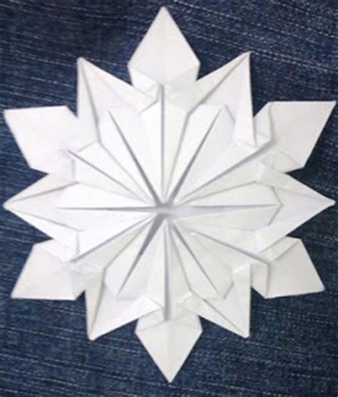 Simple Origami Snowflake - how to past your time origami snowflake