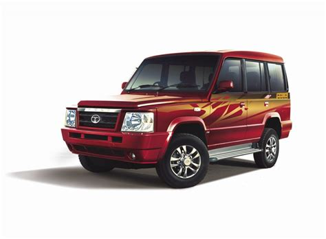 tata sumo tata sumo gold launched at rs 5 93 lakh car