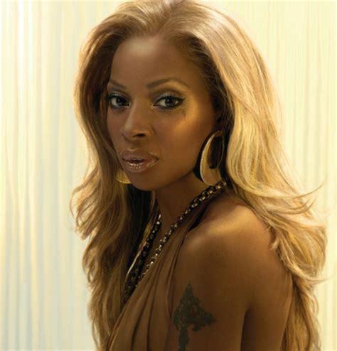 honey blond women of color honey blonde hair on black women the hairstyle 9