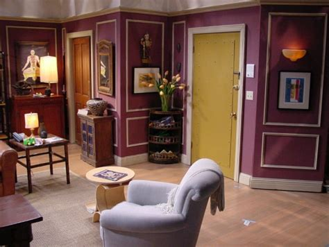 show apartment 25 things you didn t know about the sets on quot friends quot