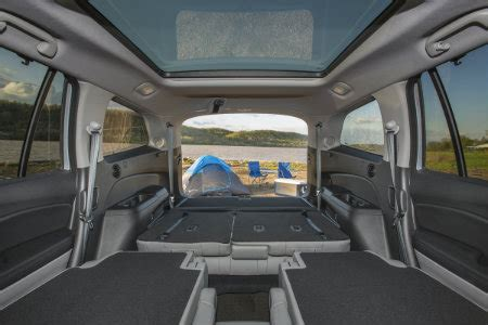 2018 honda pilot seating and storage space