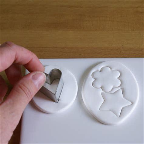 Cetakan Huruf Tusuk idea usaha cara membuat hiasan dari clay polymer