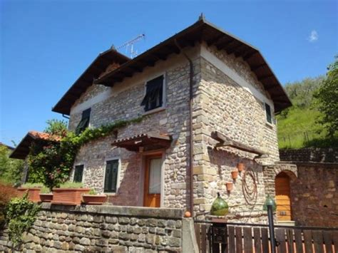 cottages in italy 19 best images about villas real estate in tuscany