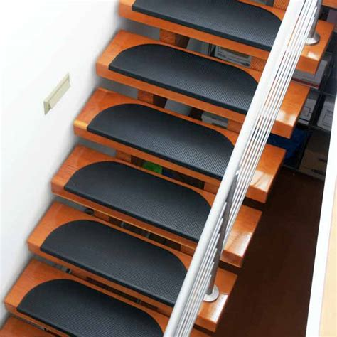 Workout Flooring by Quot Grip Tight Quot Rubber Stair Treads