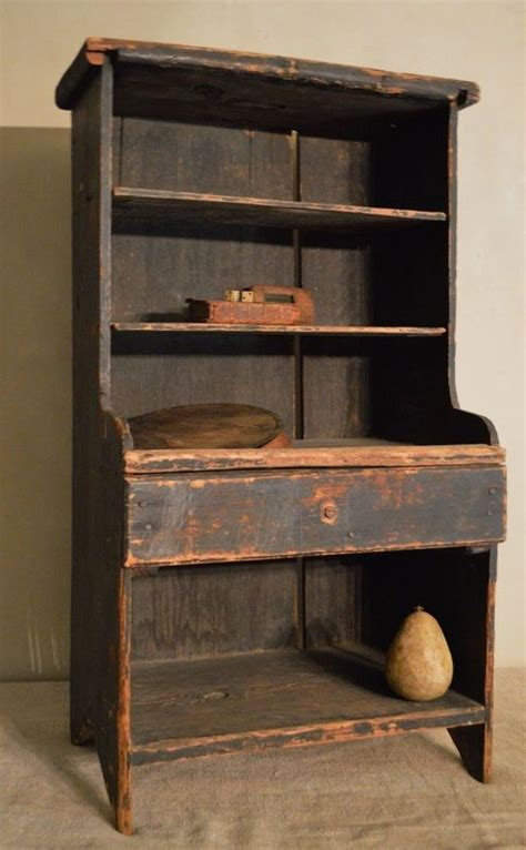 Primitive Furniture by Best 25 Primitive Furniture Ideas On Primitives Primitive Cabinets And Antique