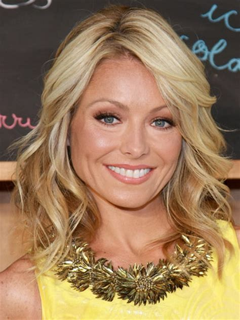 kelly ripa s current hairstyle medium length shaggy layered hairstyles for women over 40
