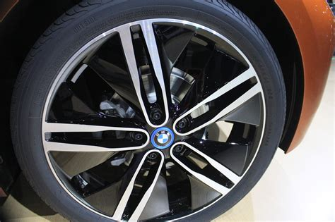 bmw i3 tyres bmw i3 s tires to boost efficiency and cut noise