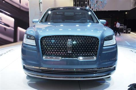 lincoln supercar 2018 lincoln navigator concept an outrageous suv with