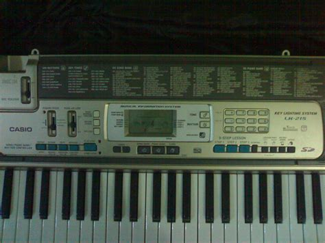 casio lk 215 key lighting keyboard with touch sensitive ke clickbd