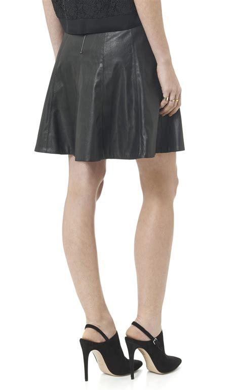 faux leather flounce skirt in black lyst