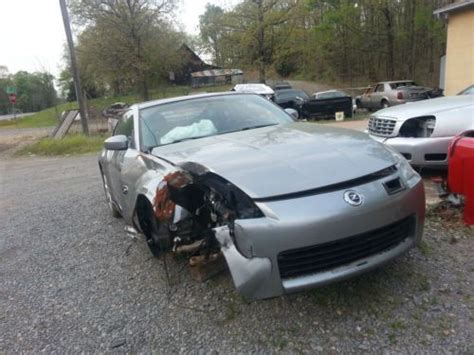 wrecked nissan 350z for sale sell used 2004 nissan 350z wrecked clean title for parts