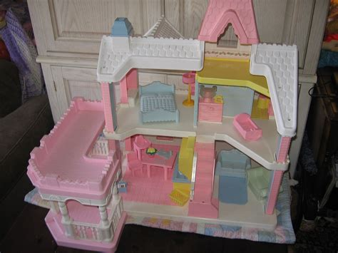 dollhouse 90s playskool doll house pink and white doll house