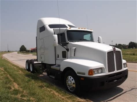used 2007 kenworth conventional sleeper trucks for sale