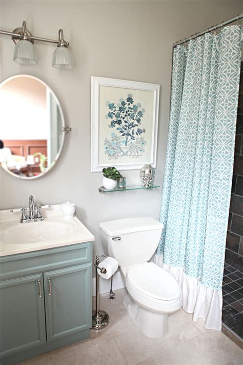 tiny bathroom makeovers room decorating before and after makeovers