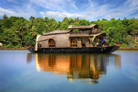 kerala boat house wallpaper hd wallpapers bring beauty to your desktop free wallpapers