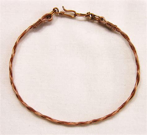 Wire & Beads / Braided wire bracelet