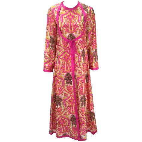 Kaftan Ikat Motif Maxmara Premium 1 1960s multicolor silk ikat print kaftan at 1stdibs