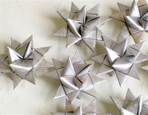 Folded Paper Ornaments - 3d ornaments folded paper silver moravian by sewdanish