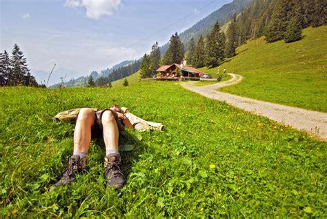 urlaub auf der alm österreich aussteiger urlaub auf der alm die gro 223 e sehnsucht nach