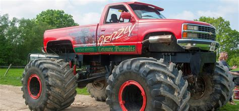 how to become a monster truck driver for monster jam us style monster truck driving experience sussex