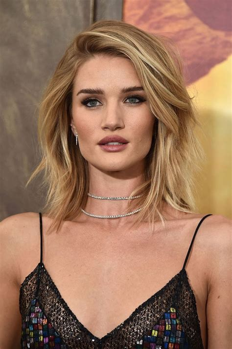 rosie huntington side parted lob 273 best images about hair on pinterest her hair long