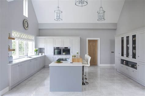 Classic style inframe painted white and grey kitchen