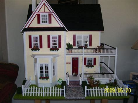 building doll houses surprise from arizona building dollhouses with real