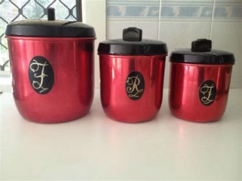 burgundy kitchen canisters burgundy kitchen canisters 28 images vintage retro set