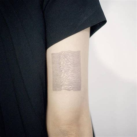 back arm tattoo division s unknown pleasures album inspired on