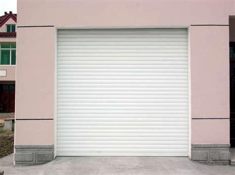 volet roulant de porte volets roulants porte de garage fenestore