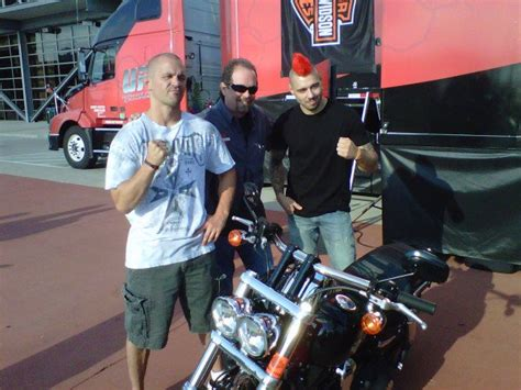 Ufc Harley Davidson by Winner Of Hardy Vs Lytle To Get New Harley Ufc 174 News