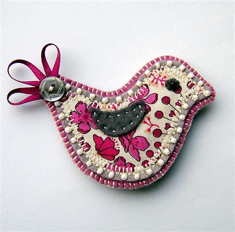fabric crafts unique bird brooch folksy craftjuice handmade social network