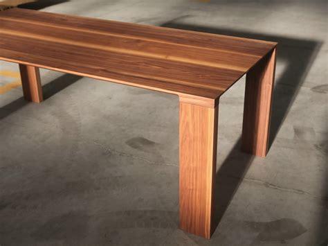 tavoli in noce tavolo rettangolare in noce collezione radii by bensen