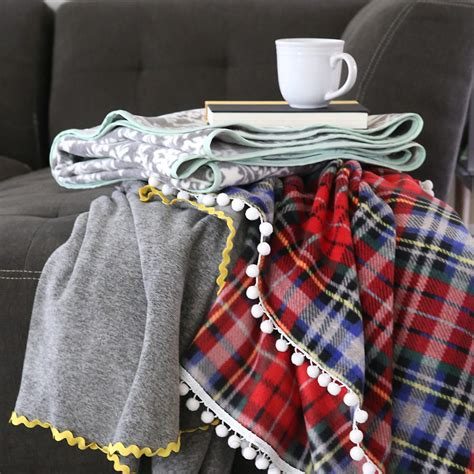 Blankets For by Easy Fleece Blankets Tutorial Allfreesewing