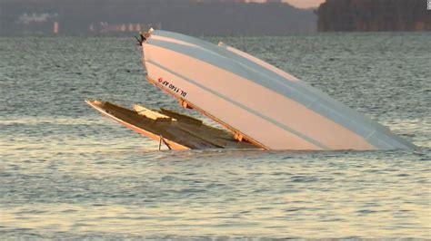boat crash kills potomac river speedboat crash kills 2 cnn
