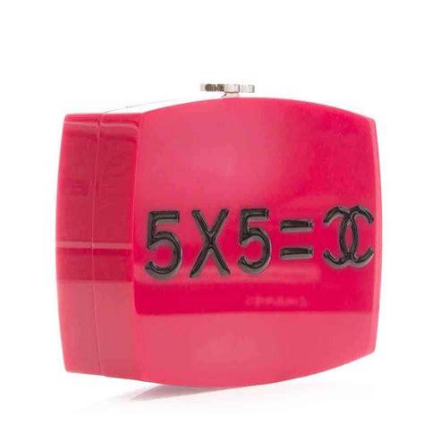 Chanel Anak Pink K chanel pink plexiglass equation bag for sale at 1stdibs