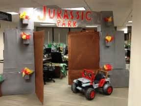 Office Decorations For Halloween Jurassic Park Halloween Office Decoration 10 Pics