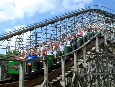 definition theme park wikipedia oakwood definition what is
