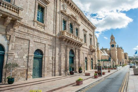 buy house in malta the three cities malta buying a property in malta frank salt